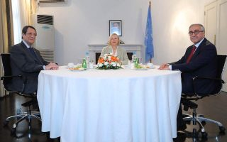 anastasiades-akinci-meeting-for-informal-talks-in-nicosia