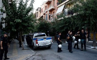 three-charged-with-disturbing-peace-after-police-raid-in-exarchia-squats0