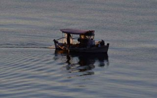 thi-funds-sustainable-fishing-school