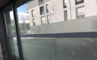 anarchists-attack-greek-consulate-in-nantes