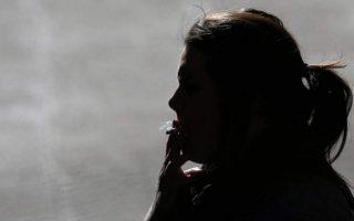 hospital-worker-fined-100-euros-for-smoking-on-premises