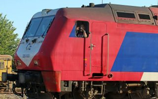 man-dies-after-being-hit-by-train