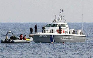 about-30-migrants-found-on-sailboat-near-psara