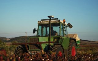 foreign-funds-invest-in-greek-agritech-startup