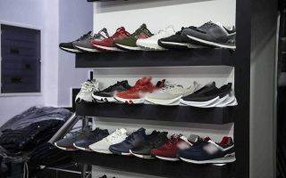 racket-sold-nearly-3-3-million-euros-worth-of-knock-off-sneakers