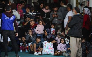 more-migrants-moved-to-mainland
