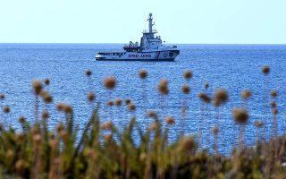 lesvos-protesters-said-to-prevent-spanish-charity-ship-from-docking0