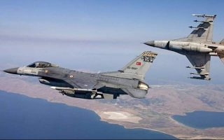 turkish-jets-fly-over-oinousses-panaghia-islands