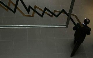 greek-10-year-bond-falls-to-record-low