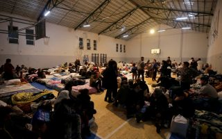 saronikos-municipality-collects-essentials-for-earthquake-stricken-albania0