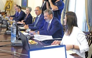 cyprus-to-strip-26-foreign-investors-of-citizenships-after-passport-uproar