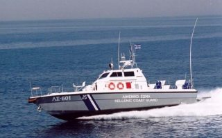 three-arrested-for-migrant-smuggling-near-corfu