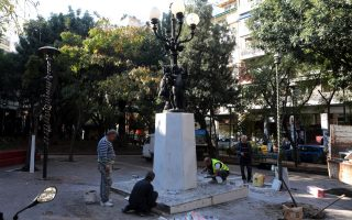 exarchia-square-being-spruced-up-ahead-of-christmas
