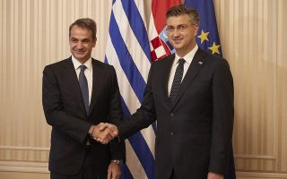 pm-reiterates-pledge-to-keep-greece-in-recovery-path