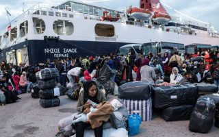 transfers-of-refugees-and-migrants-from-the-islands-continue