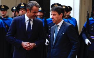 bilateral-ties-migration-at-top-of-the-agenda-as-mitsotakis-meets-conte-in-rome