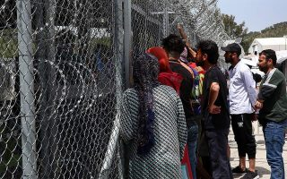 five-east-aegean-islands-reject-plan-for-closed-migrant-centers