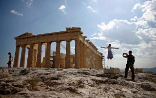 acropolis-to-light-up-for-world-children-s-day