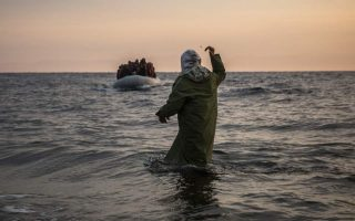 nearly-3-000-migrants-land-on-aegean-islands-in-a-week