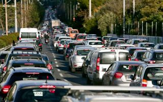 municipal-authority-seeks-help-to-tackle-athens-traffic-jams