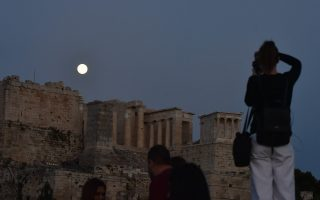 greece-to-reopen-ancient-monuments-this-month-as-it-eases-lockdown