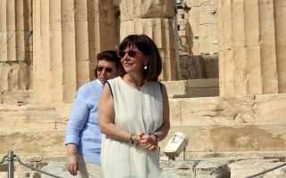 president-marks-international-museum-day-on-acropolis-hill-as-sites-reopen-to-the-public0