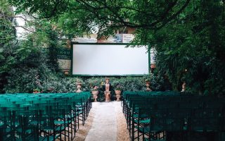 open-air-movie-theaters-warming-up-their-projectors