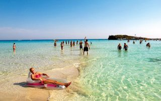 cyprus-to-cover-costs-for-infected-tourists