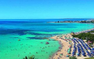 cyprus-expects-600-000-tourists-by-august