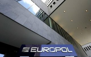 criminals-quick-to-exploit-covid-19-crisis-in-europe