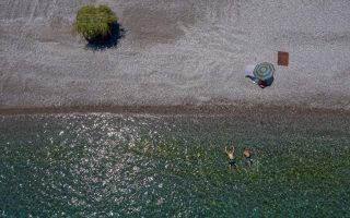 german-tourism-official-says-do-not-write-off-greece-for-holidays