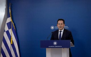 greek-tourism-starting-from-scratch-this-summer-says-gov-t-spokesman0