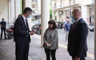 sakellaropoulou-visits-new-homeless-center