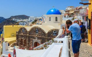 germany-china-included-in-greek-list-of-accepted-countries-for-tourists-in-june0