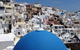 germany-only-one-of-greece-s-big-tourist-markets-on-list-of-approved-flights