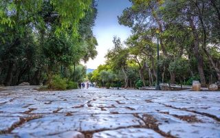 athens-mayor-presents-proposal-for-extended-pedestrian-network