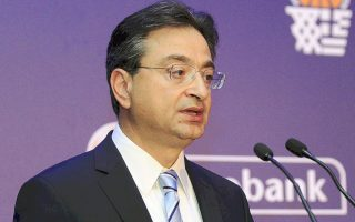eurobank-leads-greek-peers-with-lowest-bad-loan-ratio-after-dovalue-deal