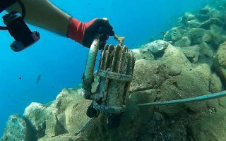 santorini-port-cleaned-andros-seabed-still-a-mess