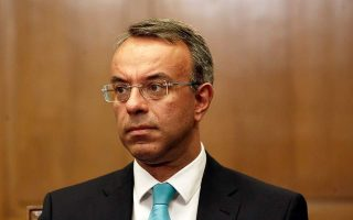 greek-economy-to-contract-by-16-pct-in-q2-says-finance-minister
