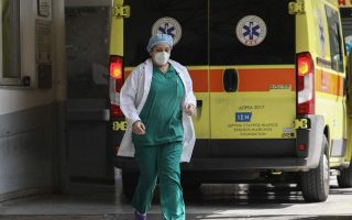 coronavirus-24-new-infections-one-death-in-greece