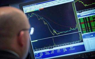 greece-raises-three-billion-euros-in-10-year-bond-issue