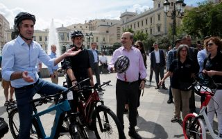 minister-announces-two-new-bike-lanes-for-athens