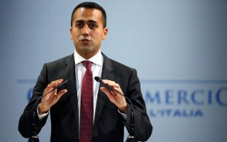 di-maio-protests-greek-travel-restrictions-on-italian-tourists