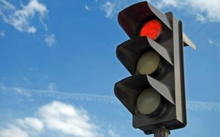 athens-to-get-smart-traffic-light-system0