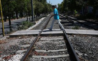 young-man-killed-trying-to-cross-train-tracks-near-kiato