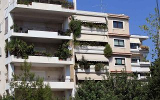 airbnb-homes-rely-on-greeks-now