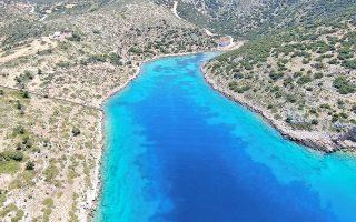 archipelagos-institute-creating-sanctuary-for-marine-animals0