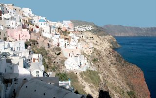 greece-opens-up-tourism-for-its-amp-8216-most-difficult-amp-8217-summer