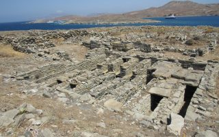 cycladic-ephorate-seeks-to-map-archaeological-site-of-rineia