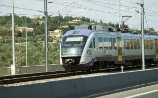 trains-athens-tram-holding-stoppage-on-thursday